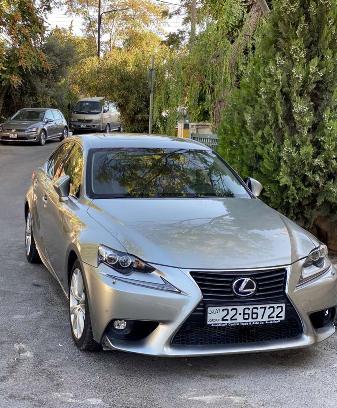 Lexus IS300h 2016 وارد وكاله (المركزيه)