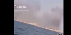 """بالفيديو  ..  كانا أول من صوّر انفجار المرفأ على الـ""""jet ski"""" ..  ردة فعلهما أنقذتهما من موت محقق  ..  لقطات مرعبة!"""