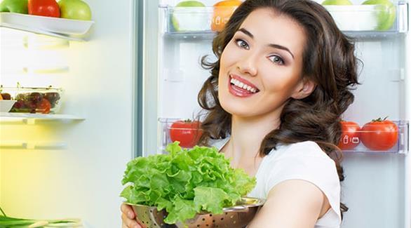 ما الفواكه والخضراوات المسموح بحفظها في الثلاجة
