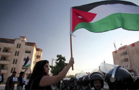 بقيمة مليار و 100 مليون دولار ..  الأردن ثاني أكبر متلق للمنح بالدول المجاورة لسورية