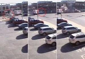 بالفيديو.. سيارة مسروقة هاربة من دورية شرطة اميركية تصطدم بمبنى فتدمره !