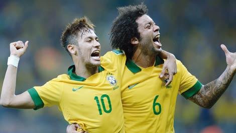 بالفيديو  ..  البرازيل تجتاز عقبة الأرغواي بصعوبة بالغة