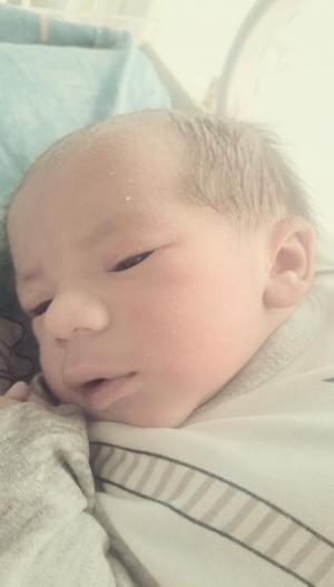 ألف مبروك بلال خلف المولود الجديد