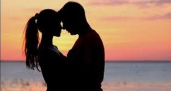 ماهو تفسير حلم تقبيل الزوجة لزوجها المتوفي في المنام ؟