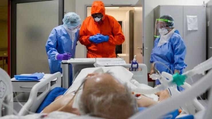 عالم فيروسات يقيم احتمال تحور كورونا ليصبح أخطر