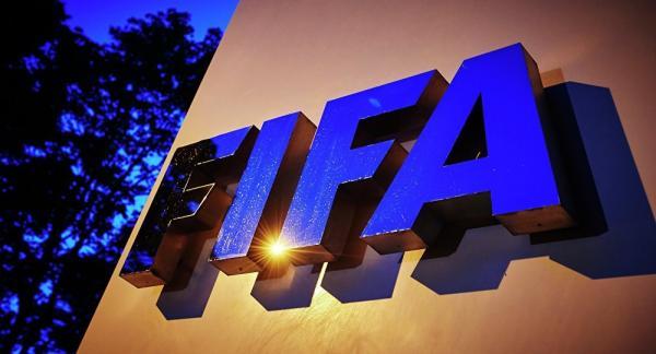 """""""فيفا"""": تراجع انتقالات اللاعبين حول العالم لأول مرة في عقد من الزمن"""