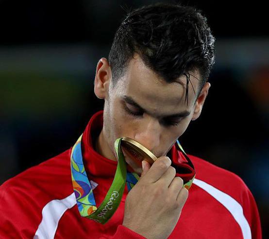اللاعب الأردني أحمد أبو غوش يعلن اعتزاله