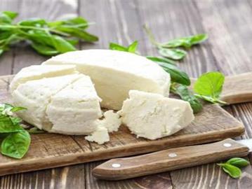 """فوائد الجبن القريش لمرضى السكر  ..  """" أفضل جبنة لمرضى السكري """""""