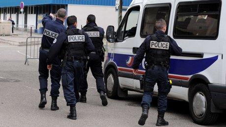 قتيلان في محطة مرسيليا بجنوب فرنسا في هجوم بسكين