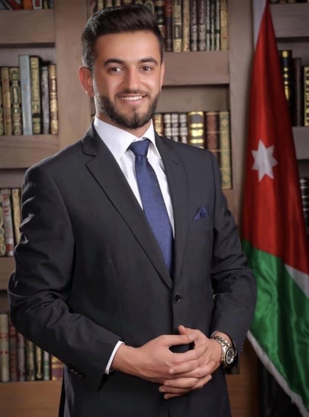 نجل الدكتور منذر بشارة السويلميين مبارك التخرج