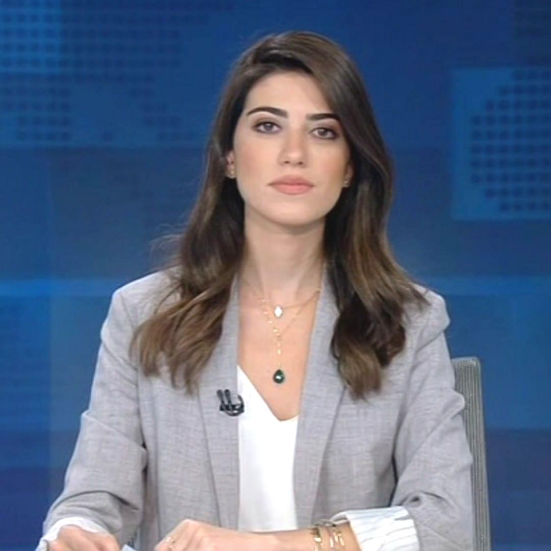 بالفيديو و الصور  ..  حضّرت عرسها بيومين  ..  مذيعة لبنانية تدخل القفص الذهبي وتودع عريسها في اليوم التالي