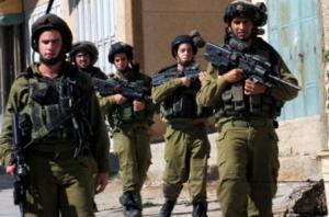 قوات الاحتلال تعتقل مواطنا شرق جنين على حاجز عسكري