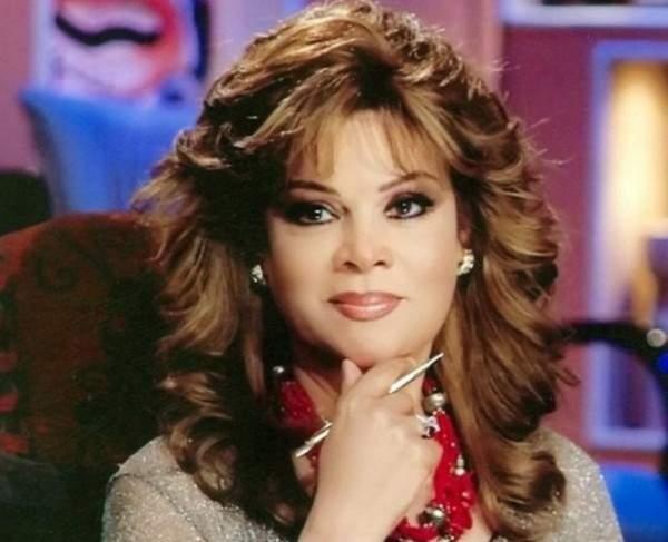 """بالفيديو والصور  ..  صفاء أبو السعود: كنت رافضة لتصوير أغنية """"أهلا بالعيد"""" ولم أتوقع نجاحها"""