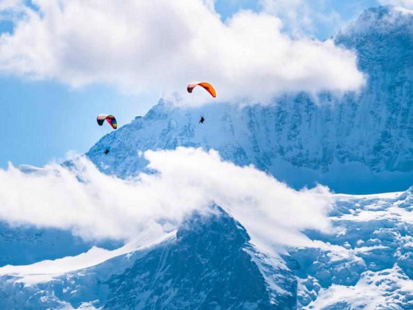 مدينة إنترلاكن ..  فردوس الجبال والجليد في سويسرا  ..  صور