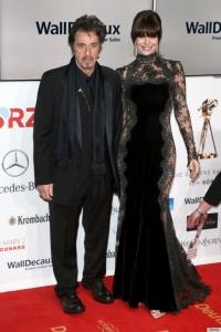 بالصور: لوسيلا سولا في ثوب شفاف خلال حفل غولدن كاميرا