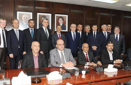 وفد روماني برئاسة الأمير رادو يزور جامعة العلوم والتكنولوجيا