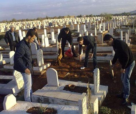 مواعيد لزيارة المقابر في إربد