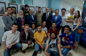 قسم التصميم السينمائي والتلفزيوني والمسرحي في جامعة عمّان الأهلية يستضيف المخرج الأردني حمّاد الزعبي