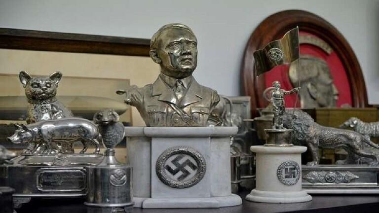 أمريكي انتحل شخصية هتلر 10 سنوات