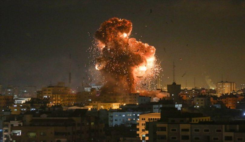 طائرات الاحتلال تقصف نقطة رصد شمال قطاع غزة