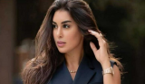 ياسمين صبري تتعرض لانتقادات بسبب إطلالتها اللافتة بعد وفاة جدتها بأيام قليلة ..  صورة