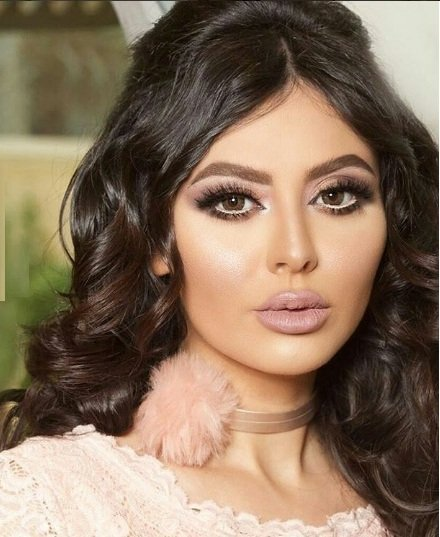 بالفيديو شرطة الإمارات تنصر مريم حسين على أصحاب التعليقات البذيئة ضدها