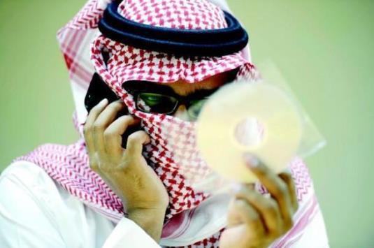 """بعملية نوعية  ..  اعتقال أخطر مبتز إلكتروني بالوطن العربي  ..  """"تفاصيل"""""""