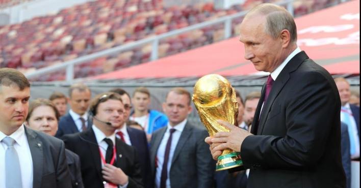 بوتين يحضر نهائي كأس العالم