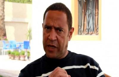 أشرف عبدالباقي يحذر جمهوره من عمليات نصب تتم باسمه
