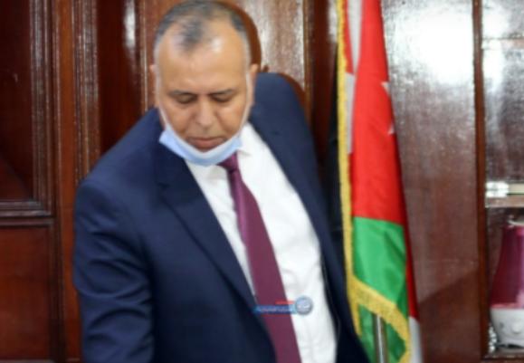 الجبور يؤدي القسم القانوني ويباشر عمله رئيساً للجنة بلدية الزرقاء