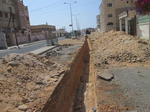 حفريات المياه تعطل مشاريع بلدية الشفا الخدماتية
