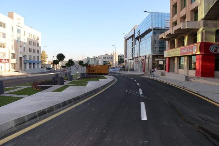 الشواربة يعلن افتتاح مشروع شارع الشريف ناصر بن جميل وشارع الكندي