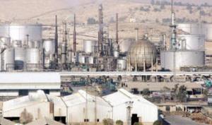 السماح بدخول شاحنات الوقود القطري بعد غد الاثنين