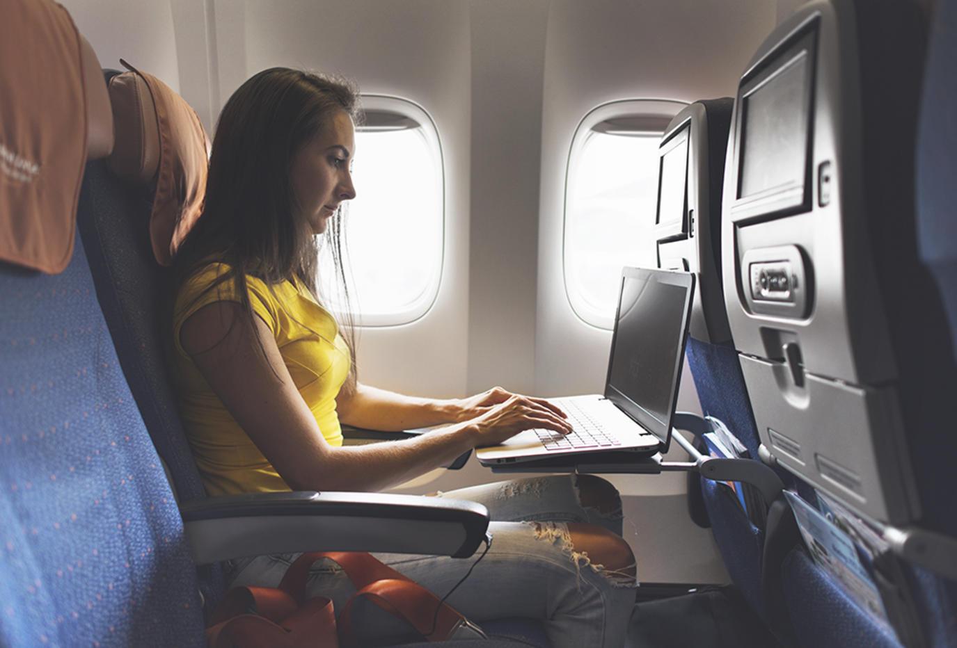 تفسير حلم السفر بالطائرة
