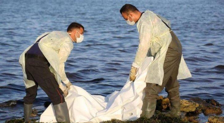 مأساة قبالة السواحل الليبية ..  العثور على 10 جثامين وفقدان 120