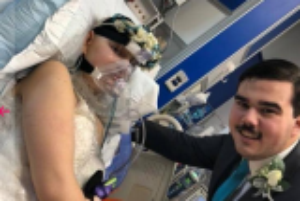 عروس تقيم زفافها في العناية المركزة قبل وفاتها بـ 3 أيام