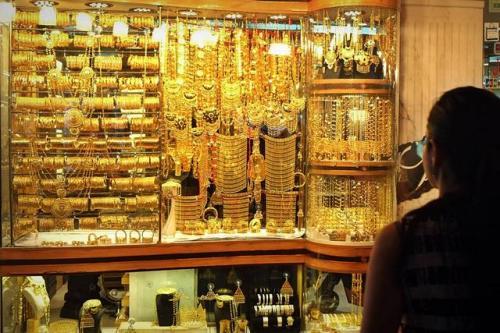 توترات إقتصادية عالميا ترفع أسعار الذهب 40 قرشاً في الأردن