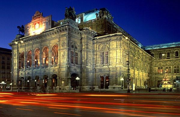 بالصور  ..  فيينا : مدينة السياحة العريقة