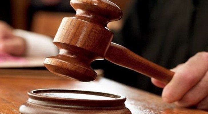 حبس موظفتين حكوميتين 5 سنوات بتهمة الاختلاس
