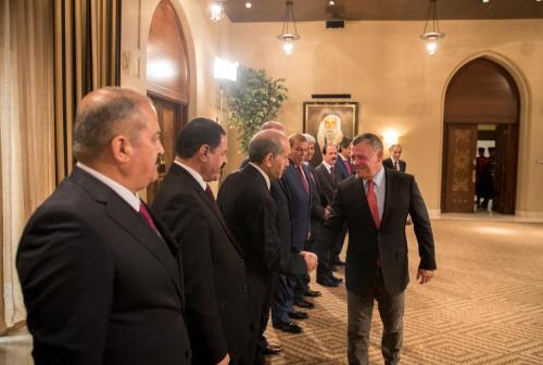 الملك يلتقي المحافظين