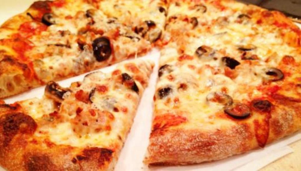 12 ألف دولار بقشيش لمسن يقوم بتوصيل البيتزا