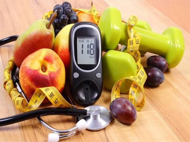 4 طرق صحية لخفض نسبة السكر في الدم بشكل طبيعي!