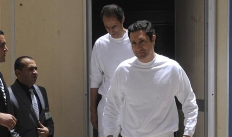 """""""جنايات القاهرة"""" تقرر حبس علاء وجمال مبارك بقضية """"التلاعب بالبورصة"""""""