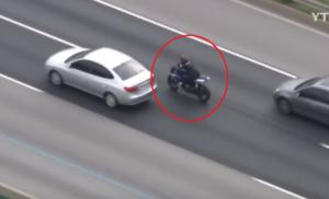 فيديو: الشرطة الكورية تطارد سعودياً يقود دراجته النارية بسرعة جنونية!