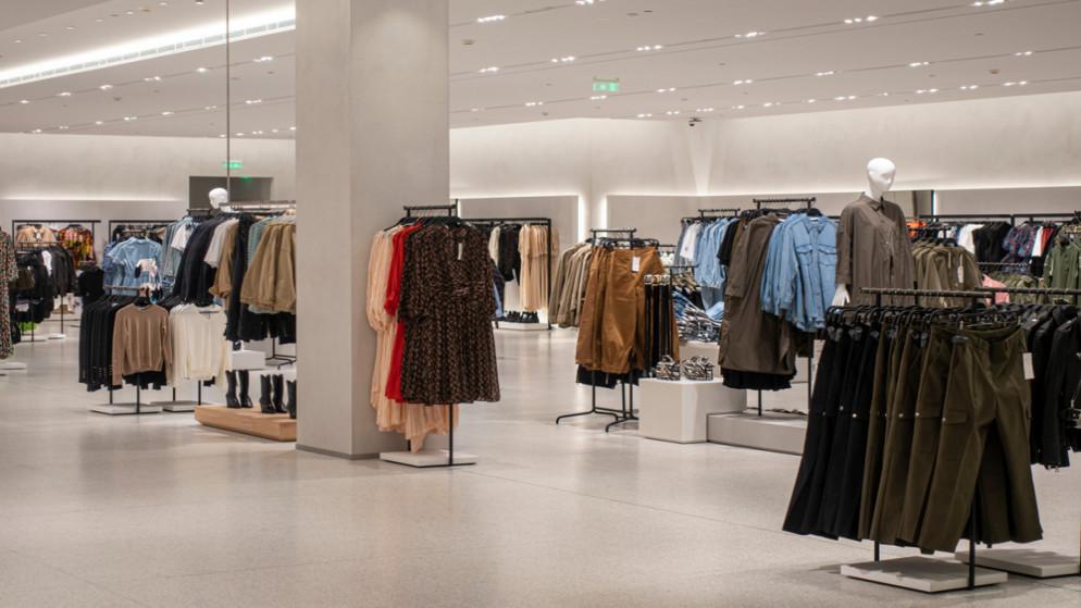 """نقيب تجار الألبسة: ساعات التسوق المتاحة أمام المواطنين لا تزال """"ضيقة"""""""
