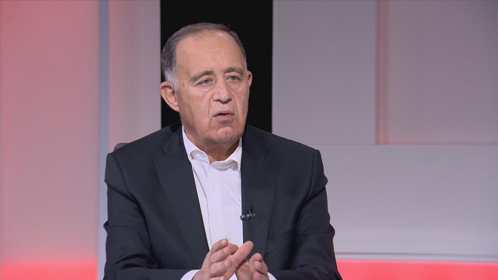 """وزير المياه لـ""""سرايا"""": الاتهامات التي طالت نجلي بـ""""التفحيط"""" بالسيارة الحكومية """"ملفقة"""" و ليس لدينا """"كلاب"""" بالمنزل"""