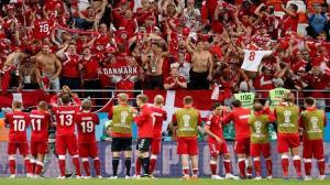 لاعبو منتخب الدنمارك يفاجئون زميلهم في مونديال روسيا