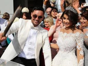 بالفيديو .. اللبناني صاحب الزفاف الأسطوري يتوعد زوجته بعد كشف خيانتها