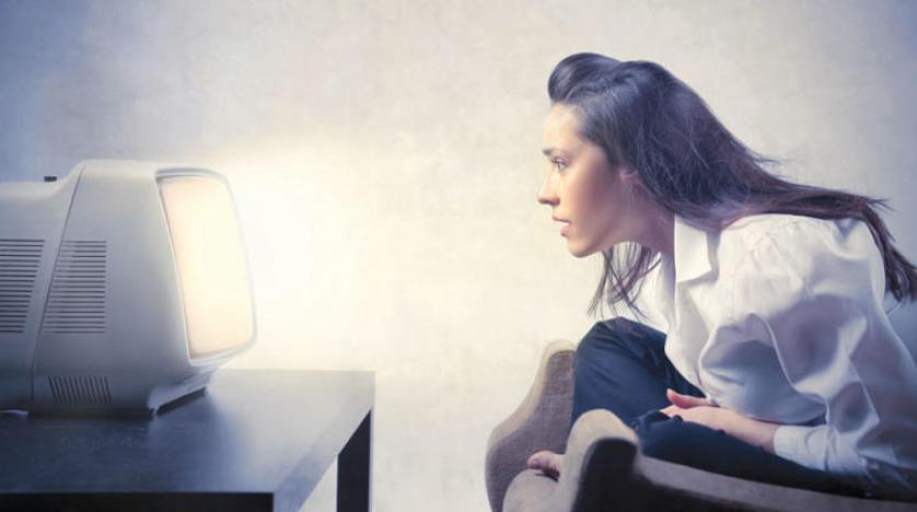 بَحْث يَدْعُو إلَى تفعيل سبعة معايير لتحسين صُورَة المرأة فِي الإعلام