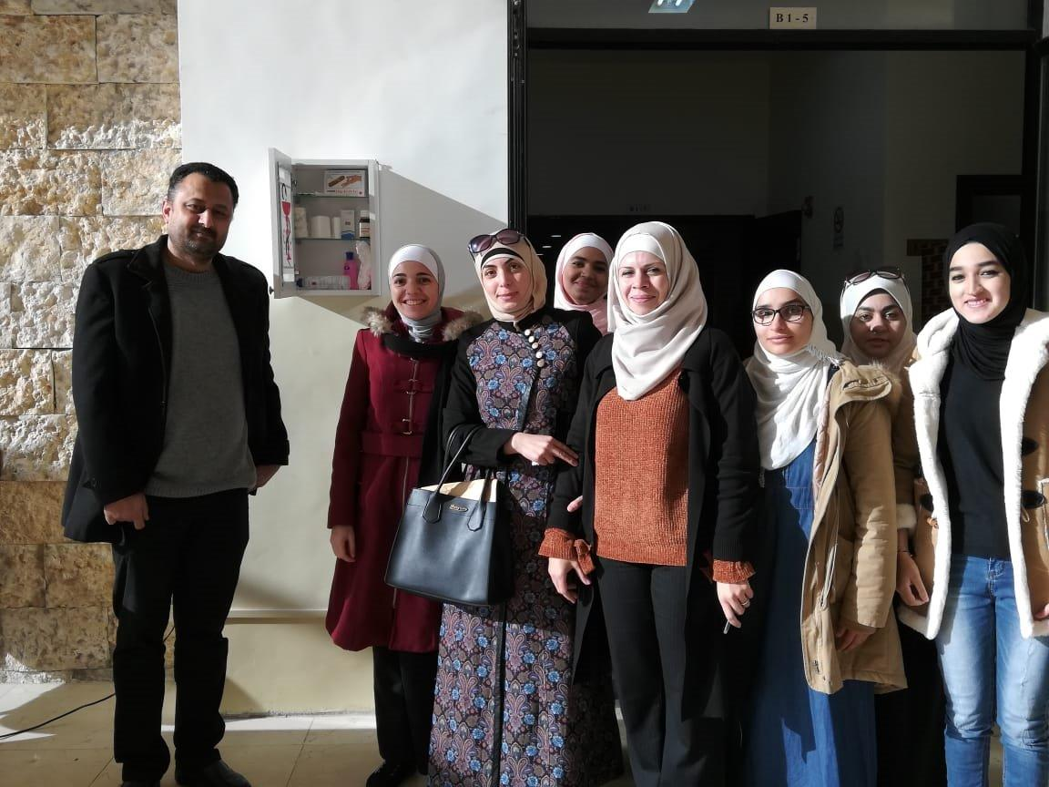 """مبادرات ينفذها طلبة """"عمان العربية"""" لخدمة المجتمع المحلي"""